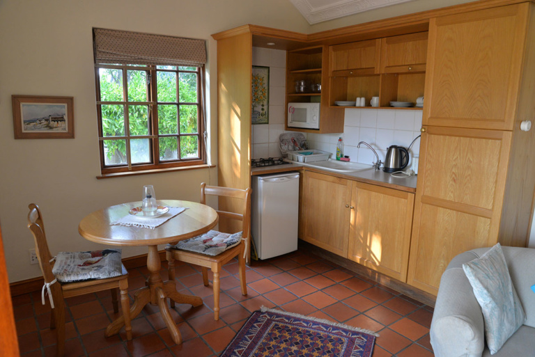 Lorraine Cottages Happy Valley Accommodation in Franschhoek